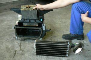 Jak działa parownik w klimatyzacji? Budowa i funkcje