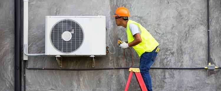 Dlaczego warto zainwestować w montaż klimatyzacji w samochodzie kraków cena